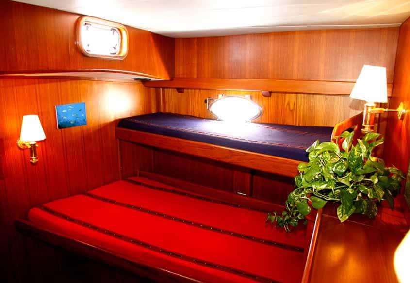 interni barca Pelagos